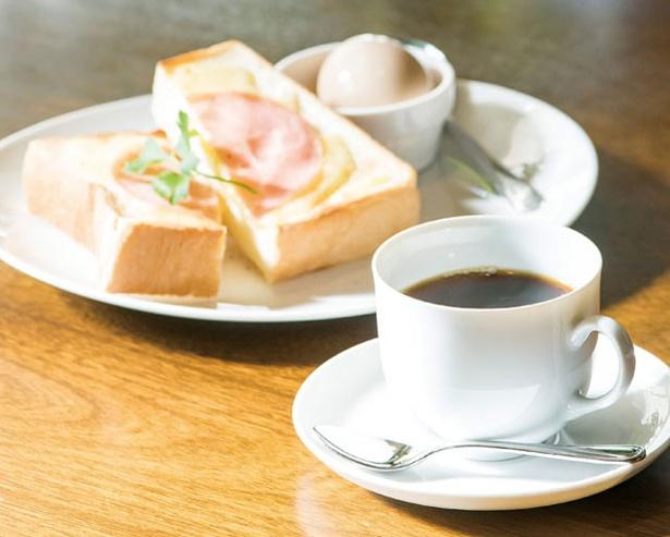 マスカル珈琲 / 11:00まではモーニングを提供。ブレンドにハムチーズトースト、卵が付いて500円は良心的