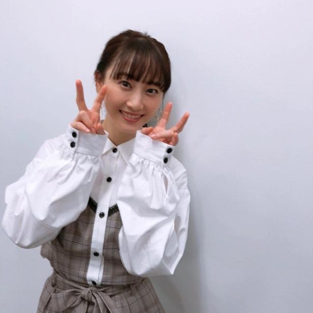 2018年最後の仕事を終え、笑顔を見せる松井玲奈