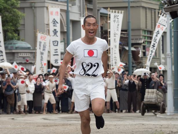 前半は金栗四三(中村勘九郎)の物語を描く大河ドラマ「いだてん―」。タイトルバックにも注目!