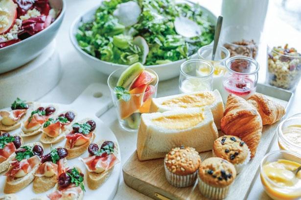 パンの種類が多くフルーツやスイーツも充実/名古屋JRゲートタワーホテル「THE GATE HOUSE」
