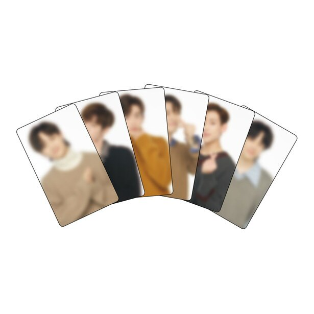 事前予約をすると「カフェオリジナルカード(全6種)」をランダムで1つもらえる