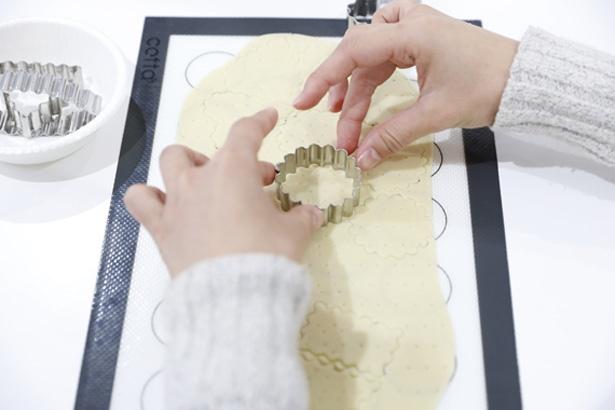 型抜きを使いハート形など自由な形に/グリコピア神戸