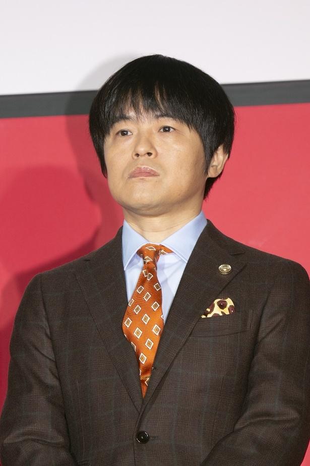 無責任な副所長・鈴木太郎を演じるバカリズム