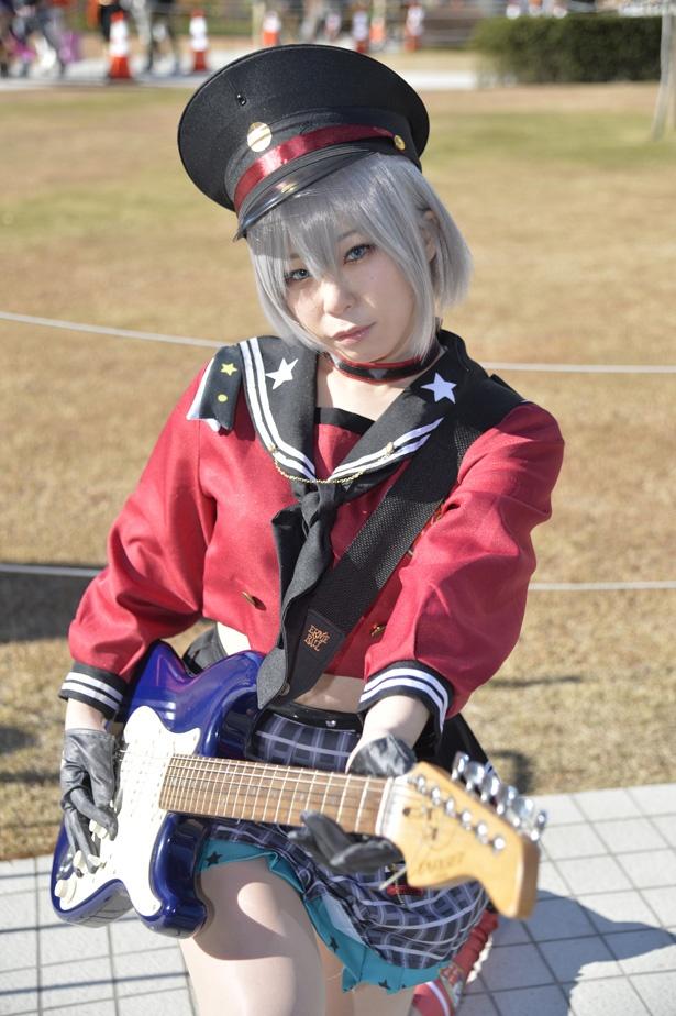 『BanG_Dream!』の青葉モカに扮する碧葉さちさん