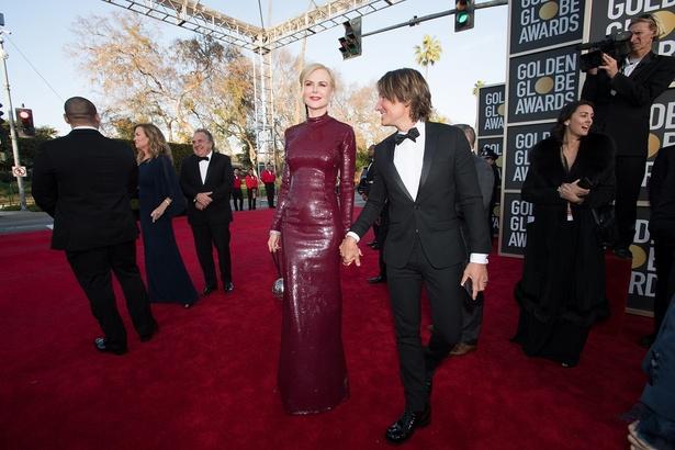 エッジの効いたドレスでスタイルの美しさが際立っていたが…