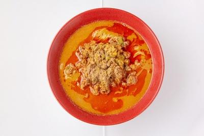 濃厚担々麺690円など約20種類の味が楽しめる