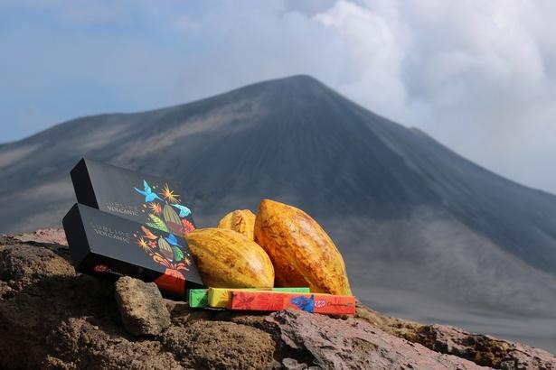 火山島で生まれた「ボルカニックチョコレート」がついにキットカットに!