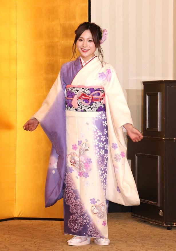 左伴彩佳(AKB48)