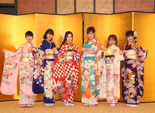 「AKB48グループ2019年新成人メンバー成人式記念撮影会」に出席したSKE48の藤本冬香、井田玲音名、北川綾巴、荒井優希、山田樹奈、白雪希明(写真左から)
