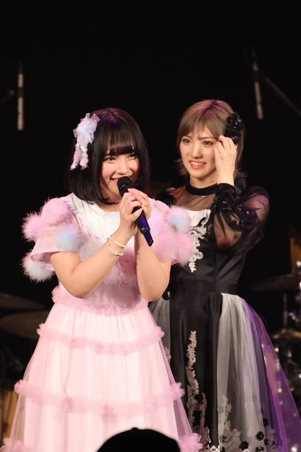 2位を獲得した矢作萌夏(左)