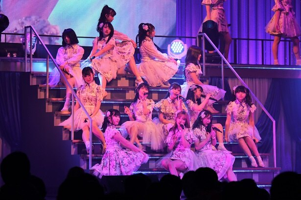 TOKYO DOME CITY HALLで「AKB48 チームA単独コンサート~美しき者たち~」が開催された