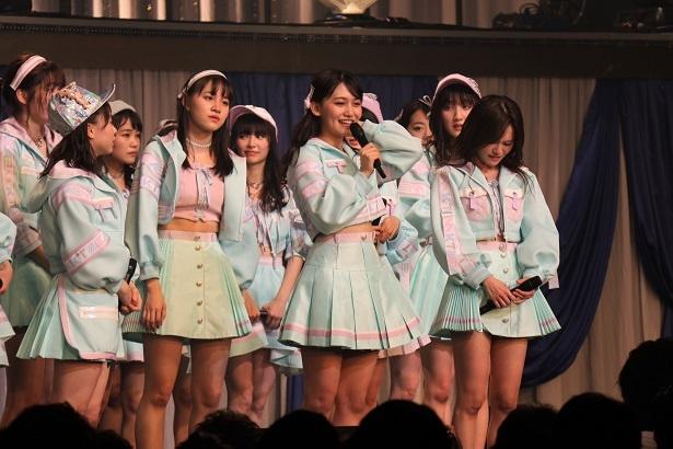 【写真を見る】卒業について語る小嶋真子
