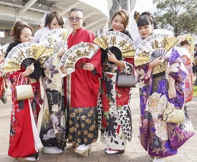 北九州市の成人式で見つけた振袖美人 世菜さん 唯さん 麻加さん 華月さん 綾音さん