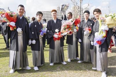 シックな袴姿が似合う本城中学校同級生のみなさん
