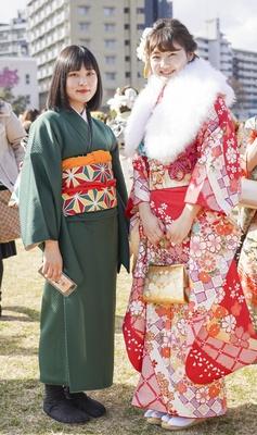 北九州市の成人式で見つけた振袖美人 あみさん まりあさん