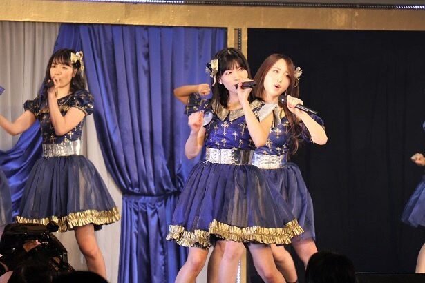 「AKB48 チームB単独コンサート~女神は可愛いだけじゃない~」の様子(1)