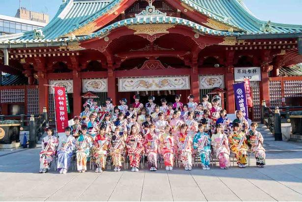 AKB48グループ成人式に44人が出席