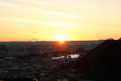 おしりんの大好きな焼津の町に夕日が沈む