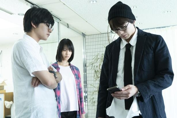 【写真を見る】新田真剣佑や北村匠海ら若手俳優たちの演技バトルが展開(『十二人の死にたい子どもたち』)