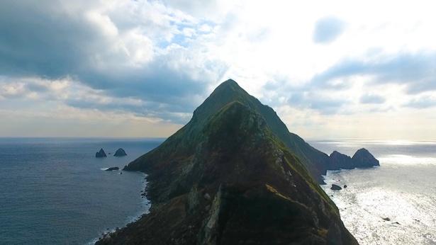 超危険立入禁止島に存在する謎の神社記号の正体とは…