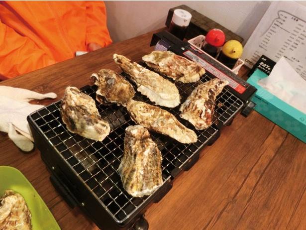 ももち浜 かき小屋マリゾン / 「牡蠣焼き定食」(¥980)。カキ飯、カキ汁などが入る