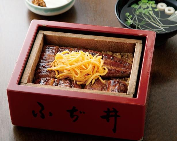 鰻料理 ふぢ井 /「せいろ蒸し」(中・3600円)。ウナギはテイクアウトも可