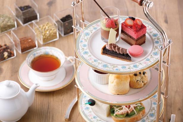 オリジナルのストロベリーティーは香り豊か/「名古屋東急ホテル 1F グリンデルワルド」
