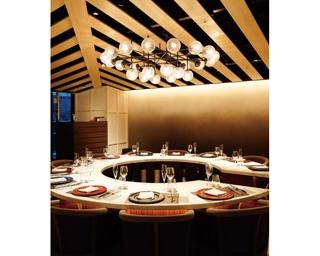 <ごほうびディナー>非日常の世界で味わう新感覚フレンチ「LIBRA SASASHIMA GRAND DIA」 | 名古屋・ささしまライブ