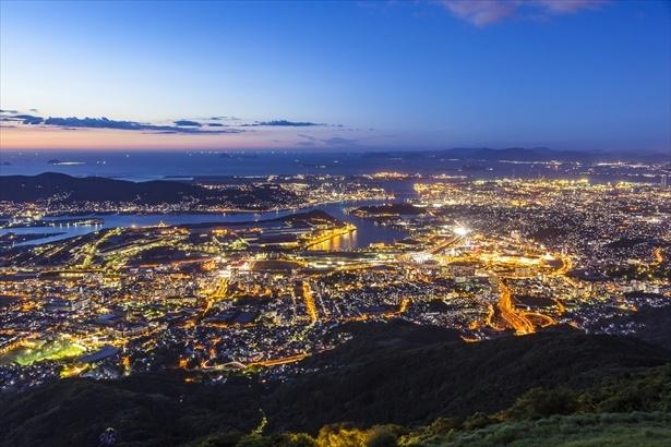 「100億ドルの夜景」とも称される皿倉山からの大パノラマ夜景