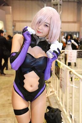 『Fate/Grand Order』のマシュ・キリエライトに扮する池尻愛梨さん