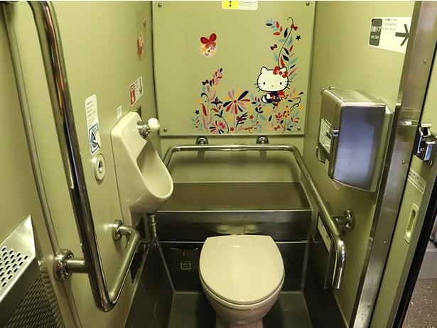 お手洗い・洗面所にハローキティ