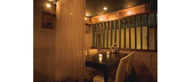 仁の燈:2人っきりになれるムード満点の個室も完備