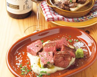 大阪・東梅田にオープンした「GYUTAN BISTRO JYO-ZETSU」低温真空調理の牛タンは必食!