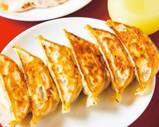 スダチ酢で食べる餃子が絶品!スタンディングでサク飲みできる「大阪駅前第1ビル 屋台餃子」