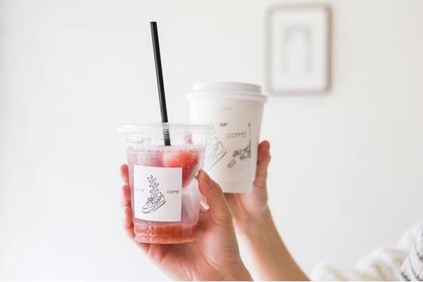Out Of COFFEE / 「さがほのかソーダ」(450円)、「ドリップコーヒー」(430円)