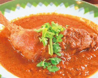 低糖質ライスが嬉しい!神戸で本格パキスタンカレーが味わえる「Cini curry」