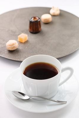 「マルヨシコーヒー」の豆を使用/a.ligne
