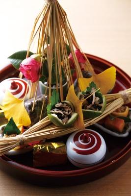 夜の献立の八寸の一例/日本料理 小西