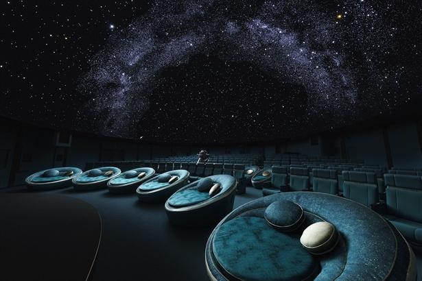 DOME2前方に設置された銀河シート(ペアシート)