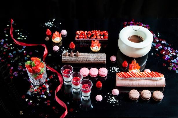 イチゴ×チョコのスイーツに囲まれる「バレンタインブッフェ」