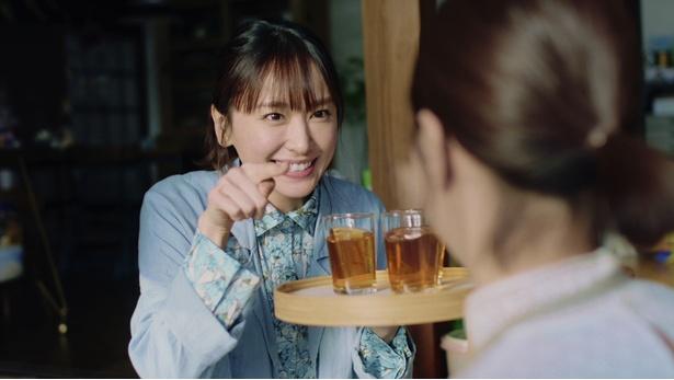 新垣結衣が出演する「アサヒ 十六茶」の新TVCMが2月5日(火)より全国で放映