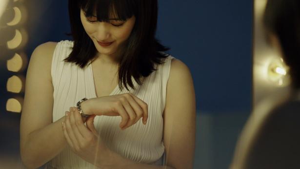動画「時計をする。私が変わる。」より