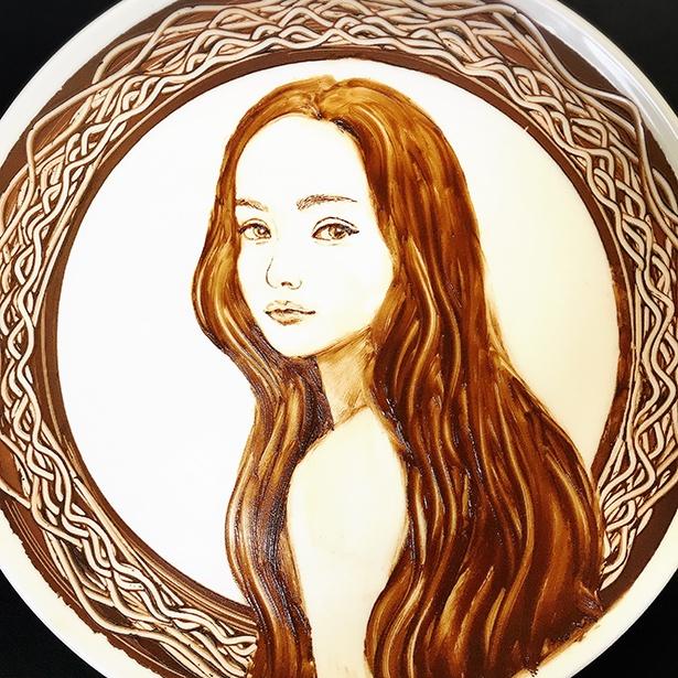 SNSで一躍話題となった安室奈美恵さんを描いたチョコレートアート