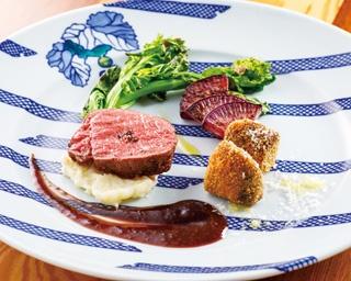 オーナーシェフの中村さんは、プロ用ジビエ料理専門書に特集されるほどの腕前だ