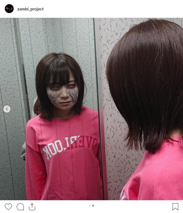 【写真を見る】ザンビーズ1期生(?)の秋元真夏