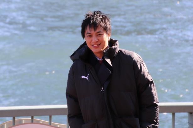 塚本高史、真木よう子は「りんとしていて下さるので、心強い」