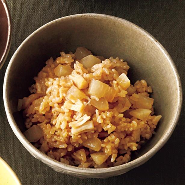 「帆立缶と大根の炊き込みご飯」