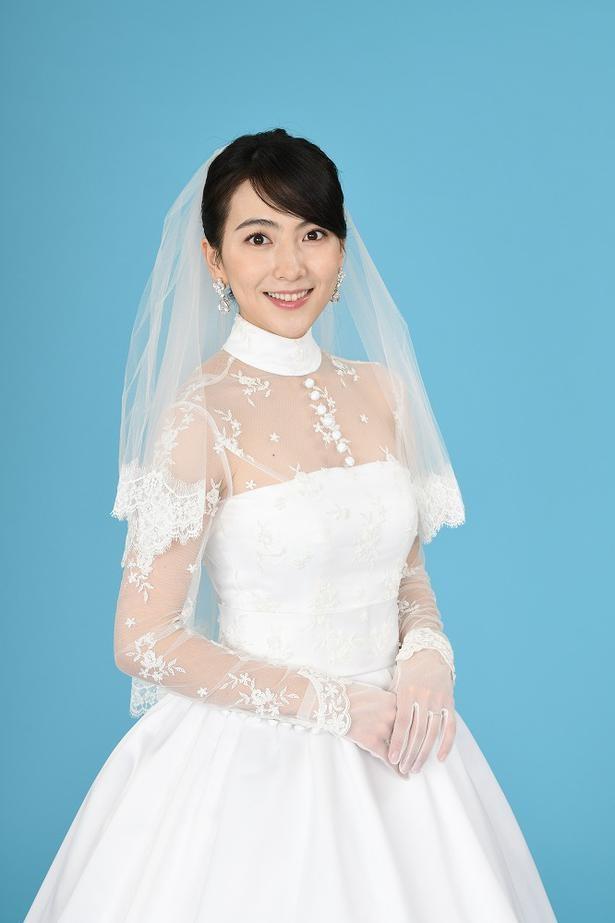 知英の美しすぎるウエディングドレス姿