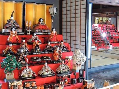 大きなひな人形だけでなく、昔の北海道の雰囲気に注目を