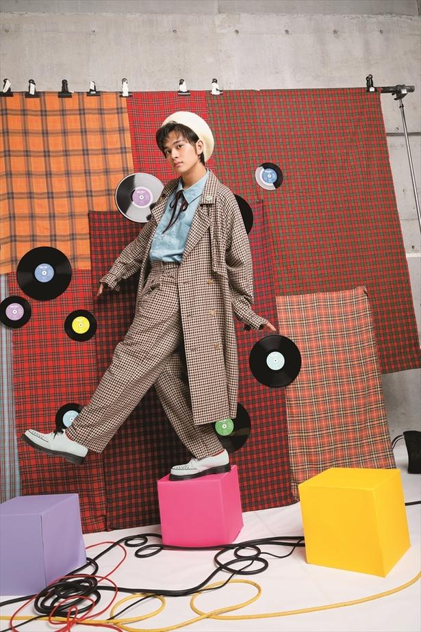 誌面でレコードジャケットに使った写真。通常盤のもの